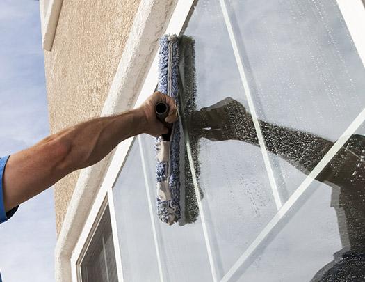 valymo darbai, valymo paslaugos, langu plovimas, fasadu valymas 2